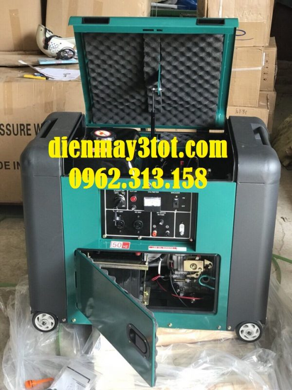 Máy phát điện chạy dầu 5kw Bamboo 7800E cách âm 2