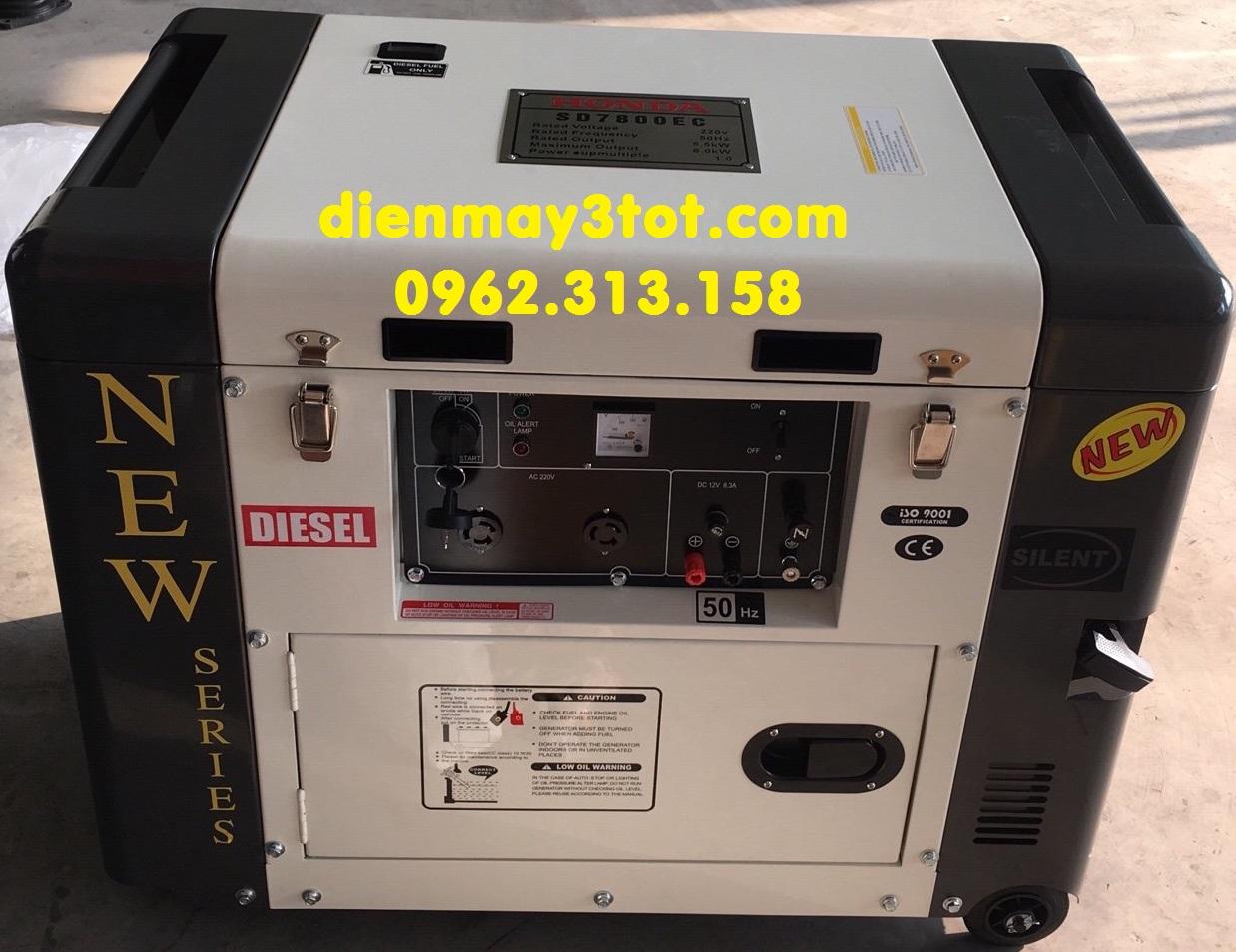 Máy phát điện chạy dầu 6kw Honda SD7800EC cho gia đình chống ồn